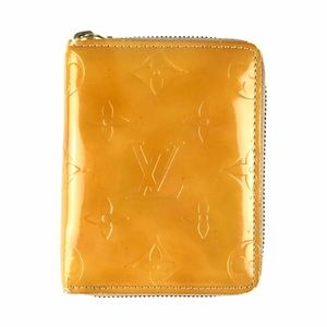 Louis Vuitton Vernis Monogram Zipper Wallet
